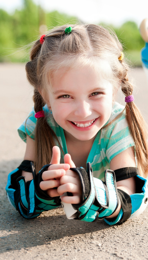 Rolki, hulajnogi, deskorolki – sprawdź hitowe prezenty na komunię i Dzień Dziecka!