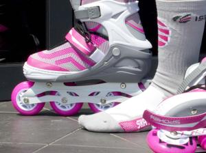 Jak wyglądają skarpety do skatingu?